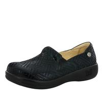 Slip On Shoes by Peppergate Footwear Inc, Style: KEL-530